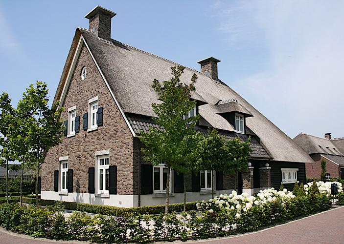 Brabant ruimte voor ruimte architectuurguide for Vrijstaand huis laten bouwen