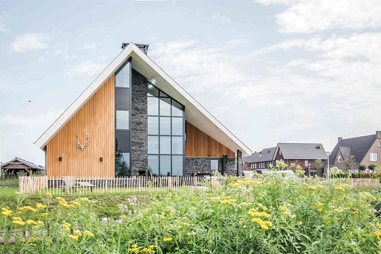 De Haan Staphorst.Buro De Haan Architectuurguide